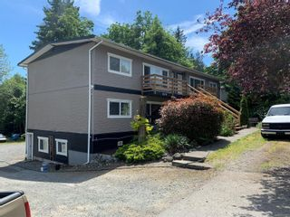 Photo 1: 1678 Extension Rd in : Na Chase River Quadruplex for sale (Nanaimo)  : MLS®# 877741