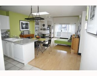 Photo 4: 405 2815 YEW Street in Vancouver: Kitsilano Condo for sale (Vancouver West)  : MLS®# V808543
