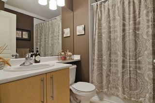 """Photo 13: 65 6050 166TH Street in Surrey: Cloverdale BC Townhouse for sale in """"WESTFIELD"""" (Cloverdale)  : MLS®# F1442230"""