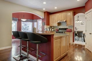 Photo 6: 30 Simcrest Manor SW in Calgary: Signal Hill Detached for sale : MLS®# A1146154