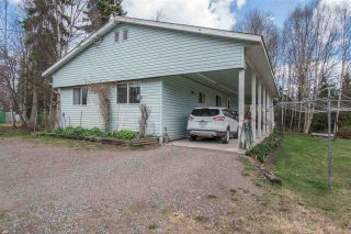 Photo 1: 1905 DAHLIE Road in Smithers: Smithers - Rural Manufactured Home for sale (Smithers And Area (Zone 54))  : MLS®# R2366579