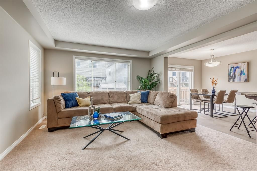 Photo 3: Photos: 154 Windridge Road SW: Airdrie Detached for sale : MLS®# A1127540