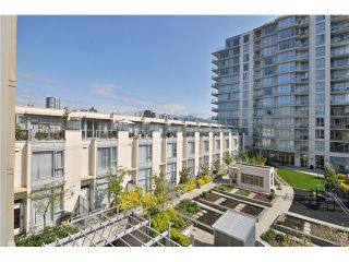 """Photo 7: 404 388 W 1ST Avenue in Vancouver: False Creek Condo for sale in """"THE EXCHANGE"""" (Vancouver West)  : MLS®# V1028659"""