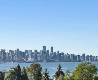 """Photo 2: 1 419 E 2ND Street in Vancouver: Lower Lonsdale Townhouse for sale in """"NEST 4 LIVING"""" (North Vancouver)  : MLS®# R2586107"""