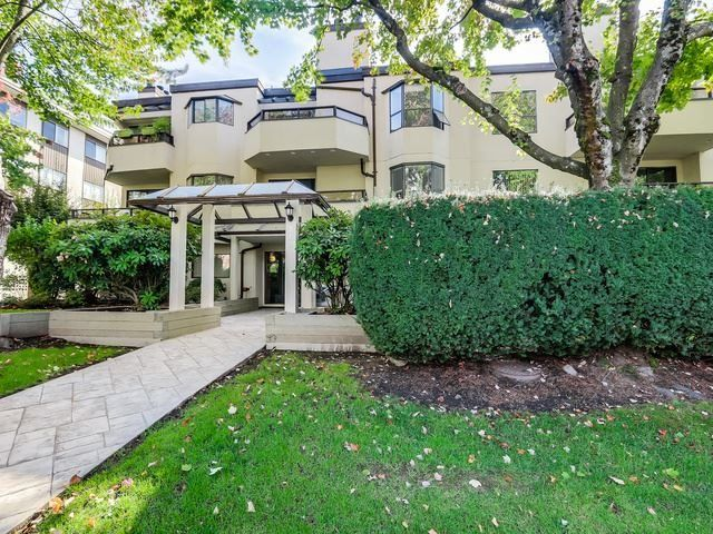 Main Photo: 106 145 E 12TH STREET in : Central Lonsdale Condo for sale : MLS®# R2040323