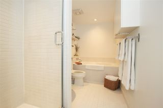 """Photo 11: 1106 1055 HOMER Street in Vancouver: Yaletown Condo for sale in """"DOMUS"""" (Vancouver West)  : MLS®# R2518319"""