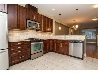"""Photo 6: 33 2979 156TH Street in Surrey: Grandview Surrey Townhouse for sale in """"Enclave"""" (South Surrey White Rock)  : MLS®# R2141367"""
