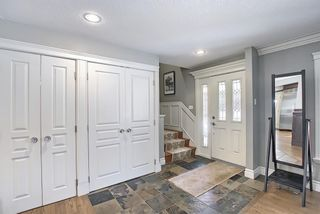 Photo 3: 8927 Baylor Crescent SW in Calgary: Bayview Detached for sale : MLS®# A1082509