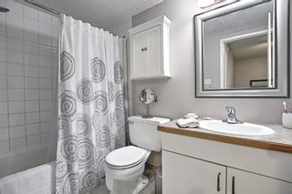Photo 37: 787 Kingsmere Crescent SW in Calgary: Kingsland Row/Townhouse for sale : MLS®# A1108605