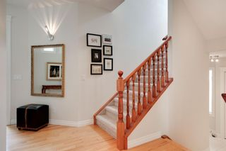 Photo 15: 19 Discovery Ridge Gardens SW in Calgary: Discovery Ridge Detached for sale : MLS®# A1116891