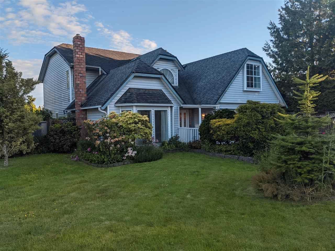 Main Photo: 5544 47A AVENUE in Delta: Delta Manor House for sale (Ladner)  : MLS®# R2590792