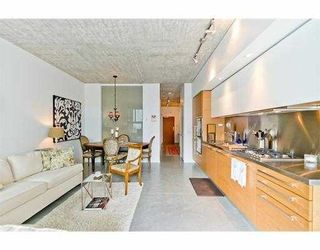 """Photo 7: 104 388 W 1ST Avenue in Vancouver: False Creek Condo for sale in """"THE EXCHANGE"""" (Vancouver West)  : MLS®# V979976"""