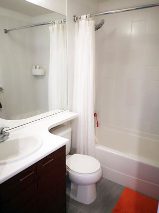 """Photo 6: 28 8767 162 Street in Surrey: Fleetwood Tynehead Townhouse for sale in """"Taylor By Mosaic"""" : MLS®# R2531804"""