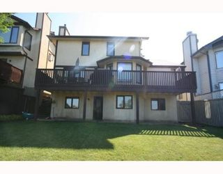 Photo 19: 100 STRATHAVEN Circle SW in CALGARY: Strathcona Park Residential Detached Single Family for sale (Calgary)  : MLS®# C3393643