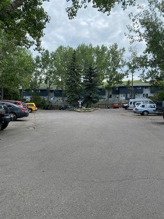 Photo 2: 13 800 Bowcroft Place: Cochrane Row/Townhouse for sale : MLS®# A1151939