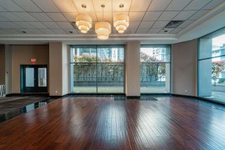 Photo 10: 801 1415 W GEORGIA Street in Vancouver: Coal Harbour Condo for sale (Vancouver West)  : MLS®# R2569866