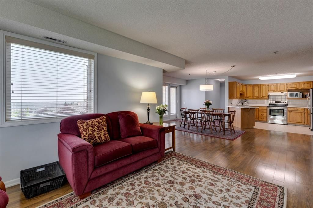 Photo 12: Photos: 1222 1818 Simcoe Boulevard SW in Calgary: Signal Hill Apartment for sale : MLS®# A1130769