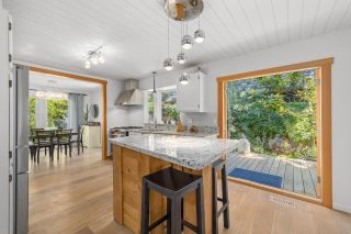 """Photo 11: 2022 OCEAN CLIFF Place in Surrey: Crescent Bch Ocean Pk. House for sale in """"Ocean Cliff"""" (South Surrey White Rock)  : MLS®# R2606355"""