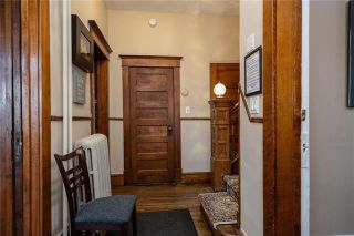 Photo 5: 92 Balmoral Street in Winnipeg: West Broadway Residential for sale (5A)  : MLS®# 202102175
