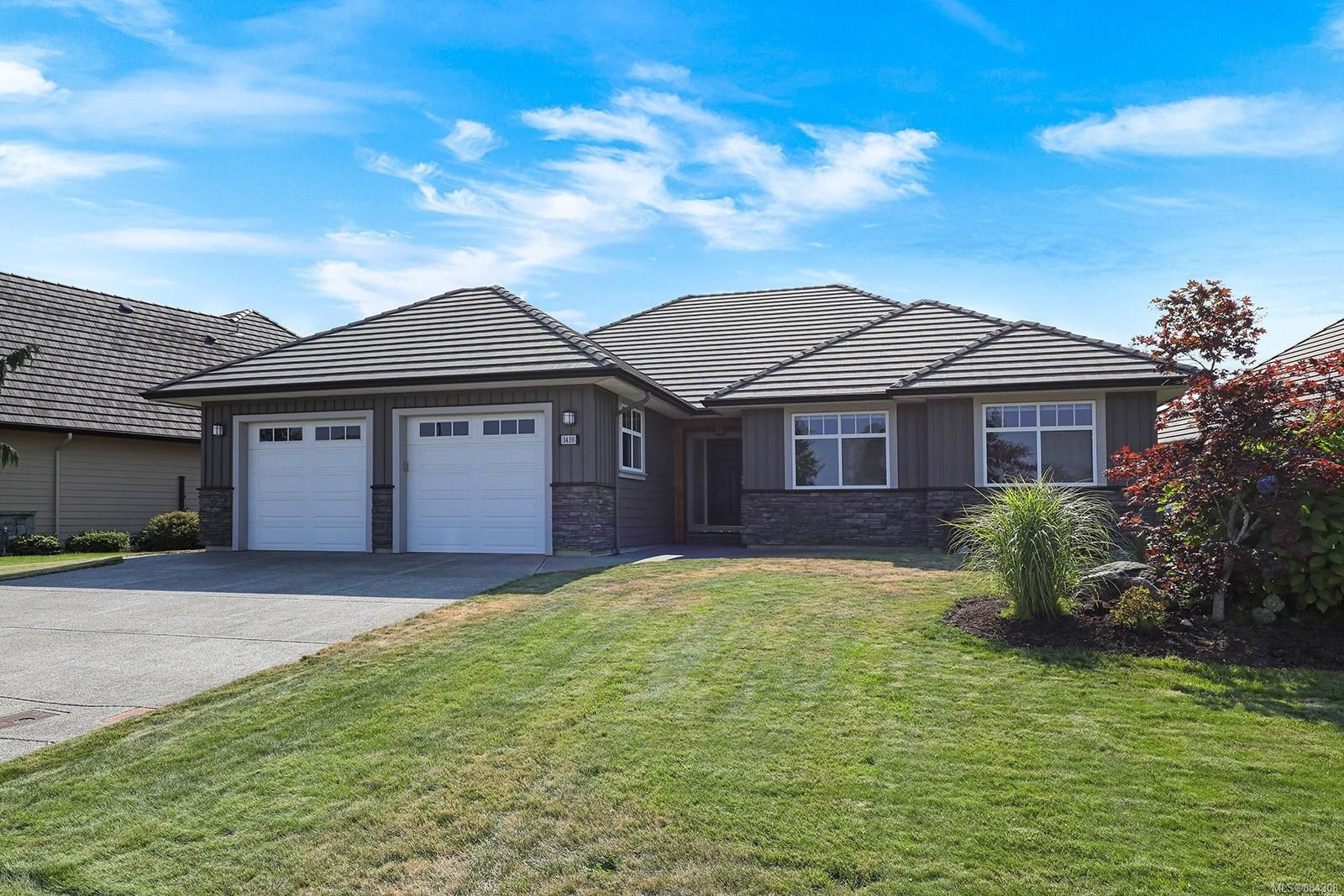 Main Photo: 1439 Crown Isle Dr in : CV Crown Isle House for sale (Comox Valley)  : MLS®# 884308