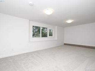 Photo 17: 318 Uganda Ave in VICTORIA: Es Kinsmen Park Half Duplex for sale (Esquimalt)  : MLS®# 822180
