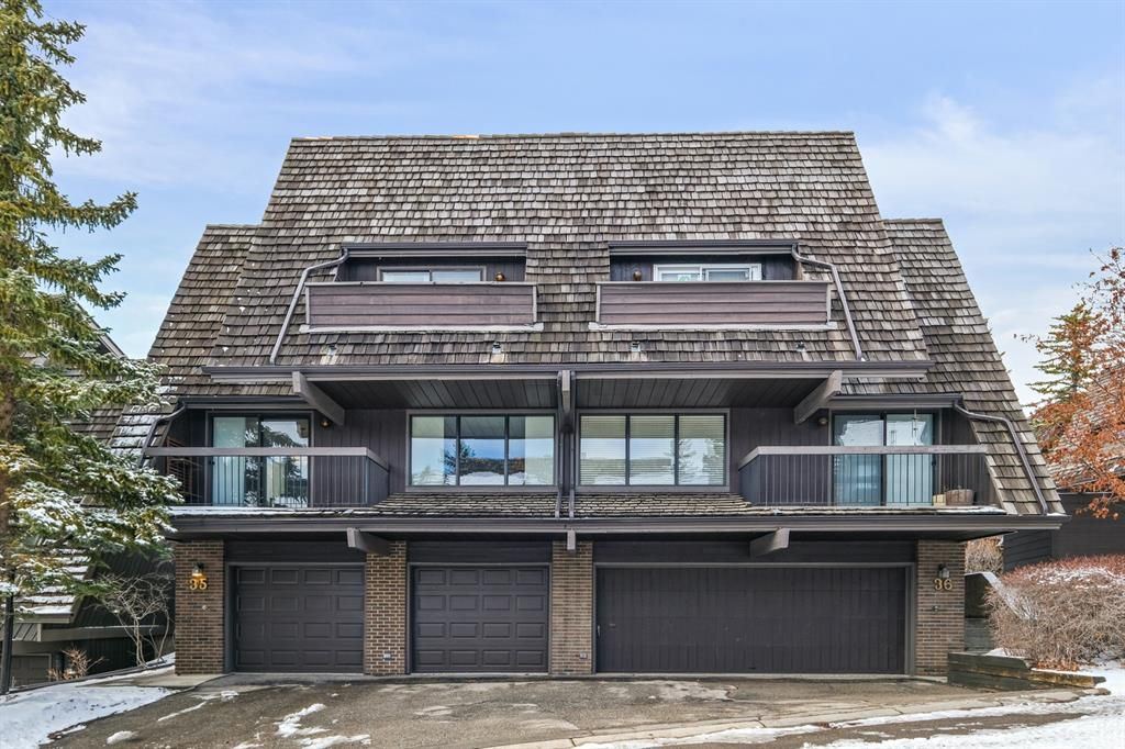 Main Photo: 35 700 Ranch Estates Place NW in Calgary: Ranchlands Semi Detached for sale : MLS®# A1070495