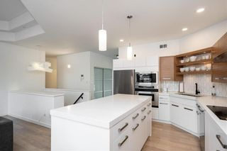 Photo 5: 62 Orchard Hill Drive in Winnipeg: Royalwood Residential for sale (2J)  : MLS®# 202121739