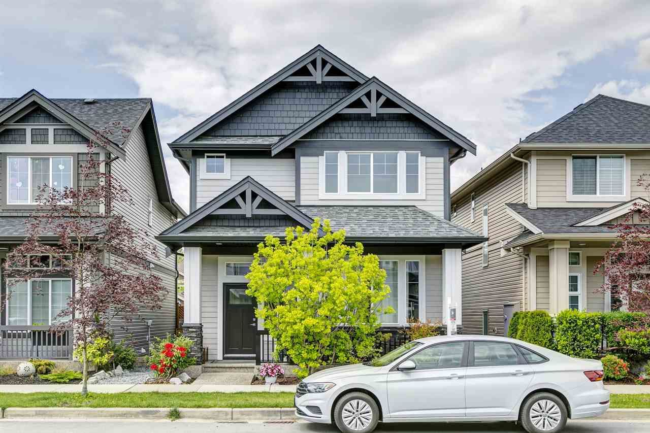 """Main Photo: 20383 83B Avenue in Langley: Willoughby Heights House for sale in """"Willoughby West by Foxridge"""" : MLS®# R2456376"""