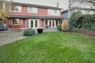 Photo 1: 4715 Britannia Drive: Steveston South Home for sale ()  : MLS®# R2017618