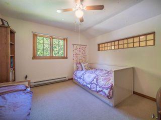 Photo 11: 3204 HUCKLEBERRY Road: Roberts Creek House for sale (Sunshine Coast)  : MLS®# R2364064