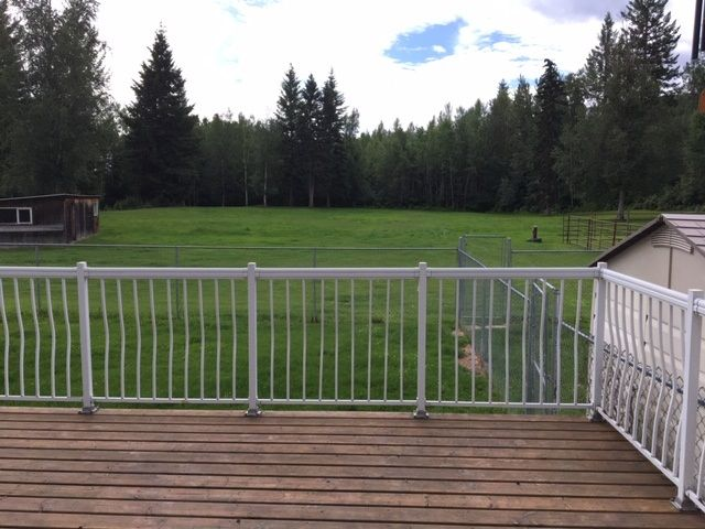 Photo 22: Photos: 1755 W FRASER Road in Quesnel: Quesnel Rural - South House for sale (Quesnel (Zone 28))  : MLS®# R2476619