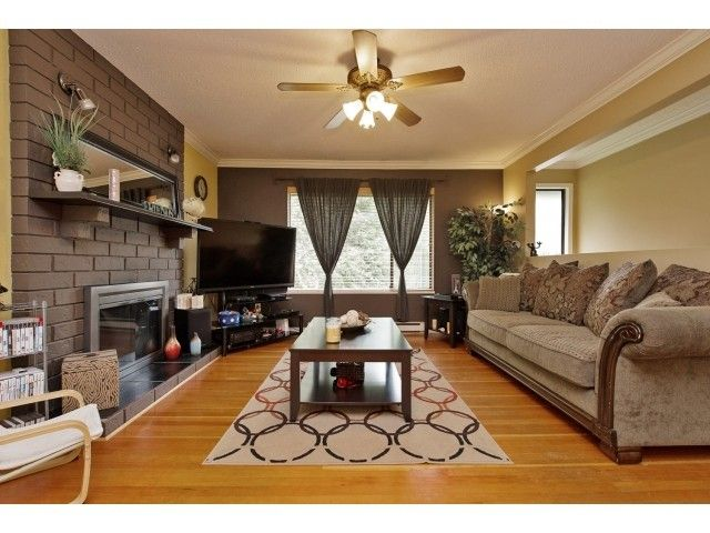 Photo 3: Photos: 35371 WELLS GRAY Avenue in Abbotsford: Abbotsford East House for sale : MLS®# F1439280