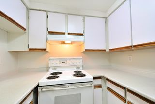 Photo 8: 9038 CENTAURUS CIRCLE in Burnaby: Simon Fraser Hills Townhouse for sale (Burnaby North)  : MLS®# R2077459