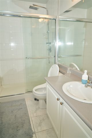 "Photo 12: 1402 6838 STATION HILL Drive in Burnaby: South Slope Condo for sale in ""Belgravia"" (Burnaby South)  : MLS®# R2366986"