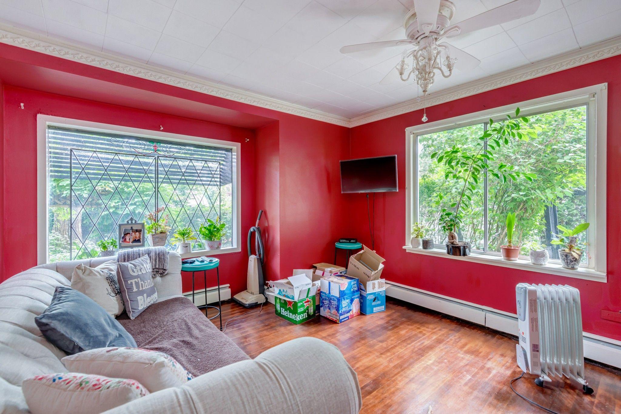 Photo 8: Photos: 20623 114 Avenue in Maple Ridge: Southwest Maple Ridge House for sale : MLS®# R2465656