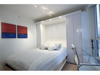 """Photo 7: 1203 918 COOPERAGE Way in Vancouver: Yaletown Condo for sale in """"THE MARINER"""" (Vancouver West)  : MLS®# V1048985"""