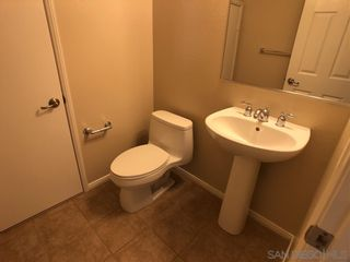 Photo 10: CHULA VISTA Townhouse for sale : 2 bedrooms : 2269 Huntington Point Rd #115