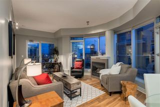 Photo 9: 2601 910 5 Avenue SW in Calgary: Downtown Commercial Core Apartment for sale : MLS®# A1013107