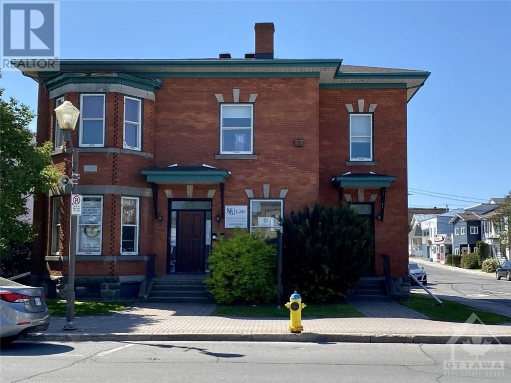 Main Photo: 176-178 MAIN STREET in Hawkesbury: Institutional - Special Purpose for sale : MLS®# 1241987