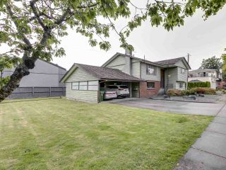 Photo 3: 11751 DUNFORD Road in Richmond: Steveston South House for sale : MLS®# R2488260