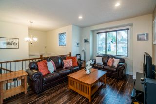 Photo 3: 2910 GREENFOREST Crescent in Prince George: Emerald House for sale (PG City North (Zone 73))  : MLS®# R2433232