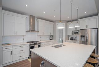 """Photo 3: 35948 SHADBOLT Avenue in Abbotsford: Abbotsford East House for sale in """"Auguston"""" : MLS®# R2612913"""