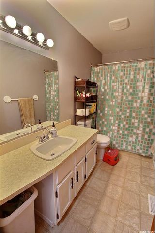 Photo 10: 842 Spencer Drive in Prince Albert: River Heights PA Residential for sale : MLS®# SK840561