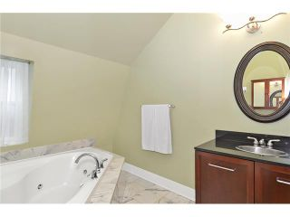 Photo 15: 1014 18 Avenue SE in CALGARY: Ramsay Residential Detached Single Family for sale (Calgary)  : MLS®# C3579470