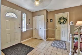 Photo 2: 23205 AURORA PLACE in Maple Ridge: East Central House for sale : MLS®# R2592522