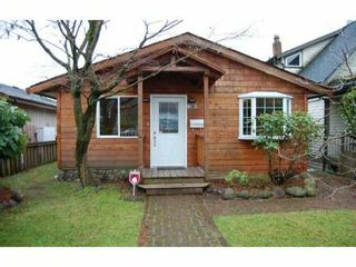 Photo 1: 339 W 22ND Street in North Vancouver: Central Lonsdale House for sale : MLS®# V988697
