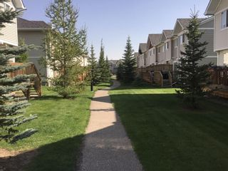 Photo 18: 208 COUNTRY VILLAGE Manor NE in Calgary: Country Hills Village House for sale : MLS®# C4134569