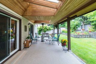 Photo 3: 9066 144A STREET in Surrey: Bear Creek Green Timbers House for sale : MLS®# R2097269