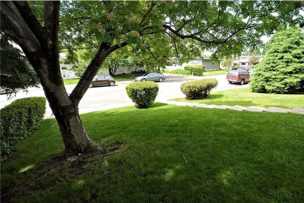 Photo 4: Photos: 3148 BREEN Crescent NW in Calgary: Brentwood House for sale : MLS®# C4121729