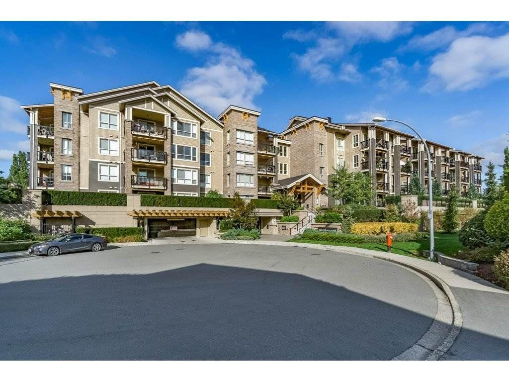 "Main Photo: 210 5655 210A Street in Langley: Salmon River Condo for sale in ""CORNERSTONE NORTH"" : MLS®# R2152844"
